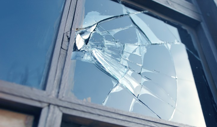 brokenWindow